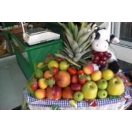 Cesta de frutas bebés